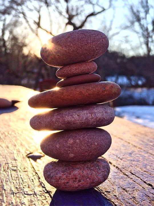 stacked-stones-664928_960_720